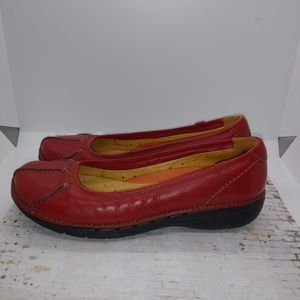 CLARKS Structured womens shoe